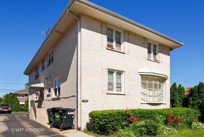 Brookfield Multi Family Home For Sale: 4420 Forest Avenue