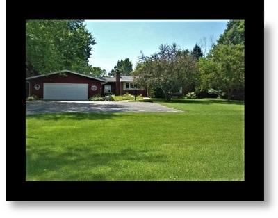 South Elgin Single Family Home Contingent: 8n486 McLean Boulevard
