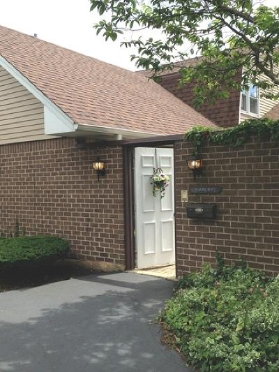 Wheaton Condo/Townhouse For Sale: 970 Dartmouth Drive