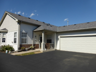 Huntley Condo/Townhouse Contingent: 12288 White Tail Lane