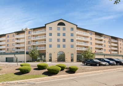 Condo/Townhouse Contingent: 1500 South Ardmore Avenue #500