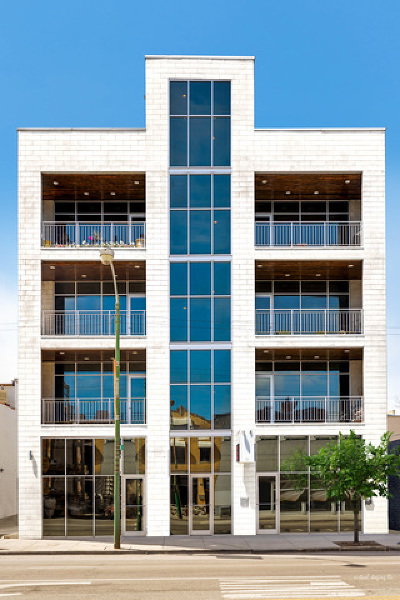 Cook County Condo/Townhouse Re-activated: 830 North Ashland Avenue #4N