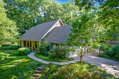 St. Charles Single Family Home For Sale: 4n252 Thornapple Road