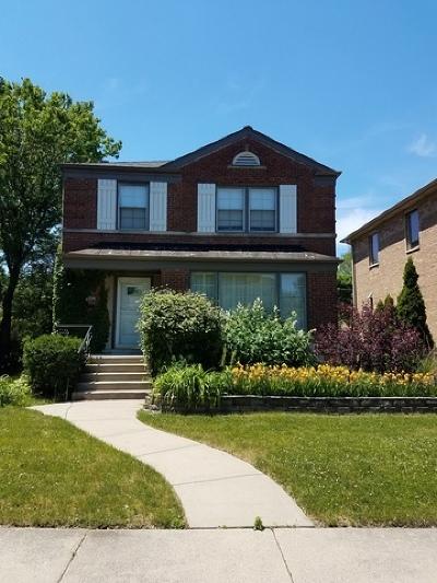 Skokie Single Family Home For Sale: 8714 Hamlin Avenue