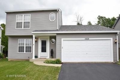 Carpentersville Single Family Home Contingent: 1828 Cambridge Drive
