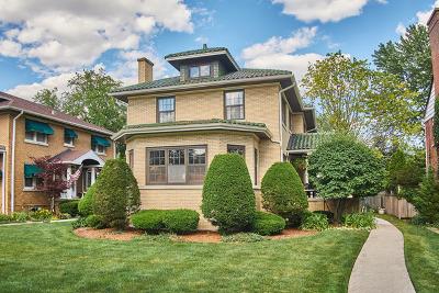 Oak Park Single Family Home For Sale: 1018 North Kenilworth Avenue