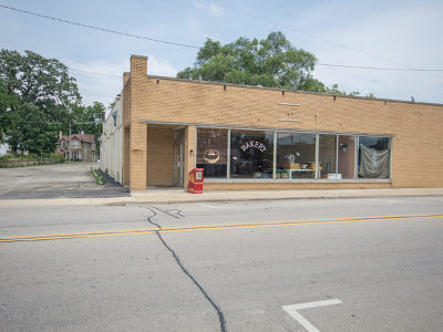 West Chicago IL Commercial For Sale: $249,500