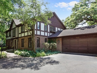 Hinsdale Single Family Home Contingent: 420 East Chicago Avenue