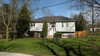St. Charles Single Family Home Contingent: 6n703 Watseka Avenue