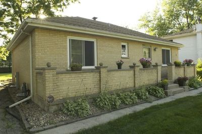 Burr Ridge Single Family Home Price Change: 8824 South Palisades Road