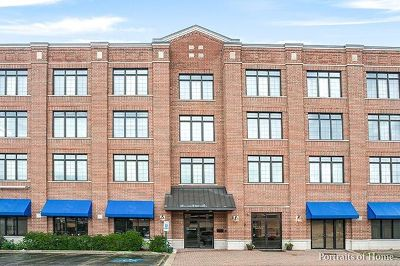 Lombard Condo/Townhouse For Sale: 105 West Saint Charles Road #302