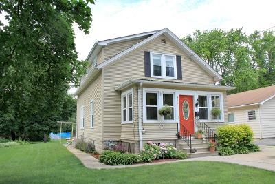 Batavia Single Family Home Contingent: 413 South Prairie Street