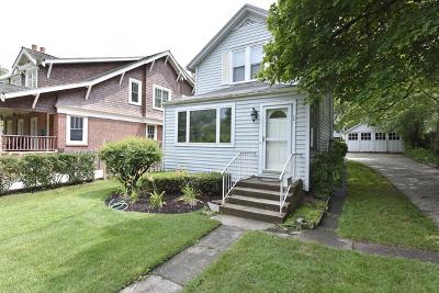 Lake Forest Single Family Home For Sale: 38 Washington Circle