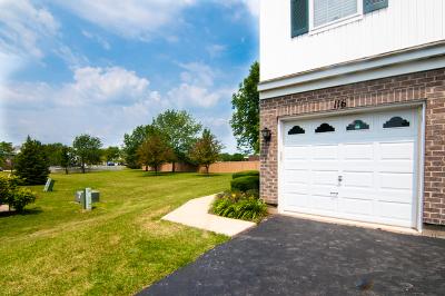Lombard Condo/Townhouse For Sale: 116 Arboretum Drive
