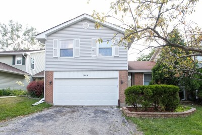 Lombard Condo/Townhouse For Sale: 2404 Royal Drive