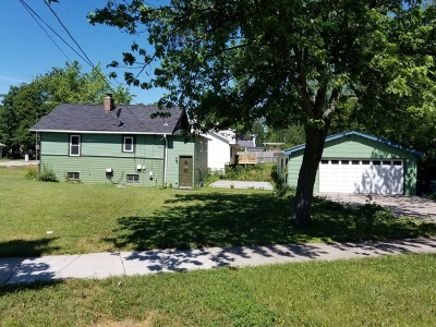 Lombard Single Family Home Contingent: 406 West Saint Charles Road