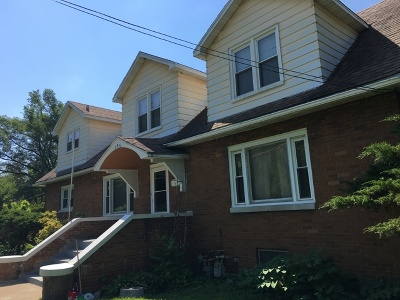 Lockport Multi Family Home For Sale: 106 Riverview Avenue