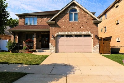 Chicago Ridge  Single Family Home For Sale: 6237 Birmingham Street
