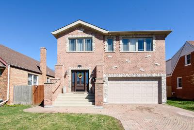 Niles Single Family Home For Sale: 7642 West Kedzie Street
