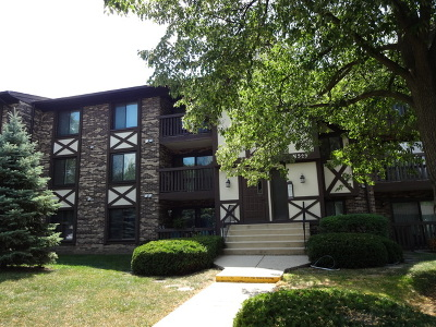 Westmont Condo/Townhouse For Sale: 525 Cumnor Road North #203-E