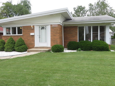 Westchester Single Family Home For Sale: 10810 Windsor Drive
