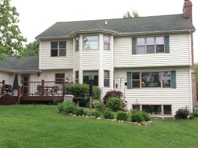 Crystal Lake Single Family Home For Sale: 5005 Nunda Trail