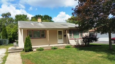Lombard Single Family Home Contingent: 214 North Ahrens Avenue