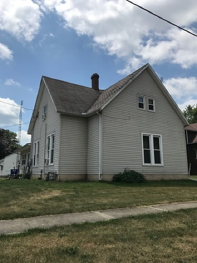 Farmer City Single Family Home For Sale: 301 West Water Street