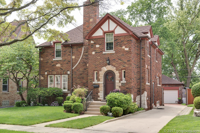 Elmhurst Single Family Home For Sale: 422 South Prospect Avenue