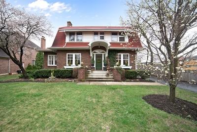 Elmhurst Single Family Home For Sale: 116 South Kenmore Avenue