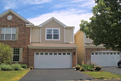 Algonquin Condo/Townhouse For Sale: 1453 Millbrook Drive