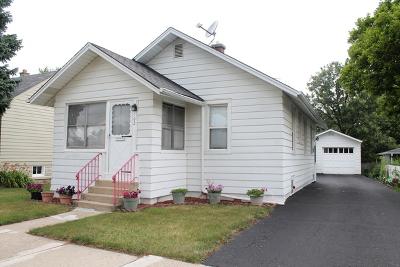 Westmont Single Family Home Contingent: 102 East Burlington Avenue