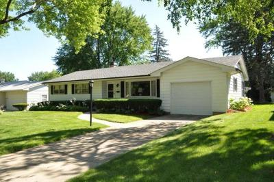 Elgin Single Family Home Contingent: 823 Diane Avenue