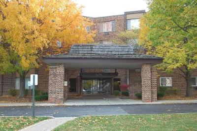 Hoffman Estates Condo/Townhouse Contingent: 1375 Rebecca Drive #207