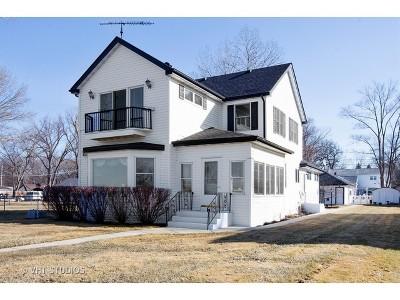 McHenry Single Family Home For Sale: 2915 Oakwood Avenue