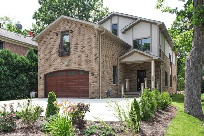 Highland Park Single Family Home For Sale: 2366 Green Bay Road