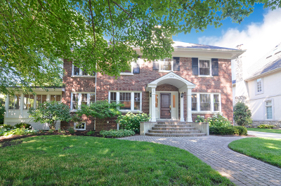 Hinsdale Single Family Home For Sale: 220 North Lincoln Street