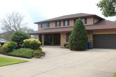 Willowbrook Single Family Home For Sale: 212 Somerset Road