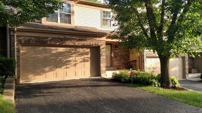 Algonquin Condo/Townhouse For Sale: 735 Longwood Drive