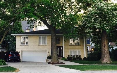 La Grange Park Single Family Home Contingent: 528 North La Grange Road