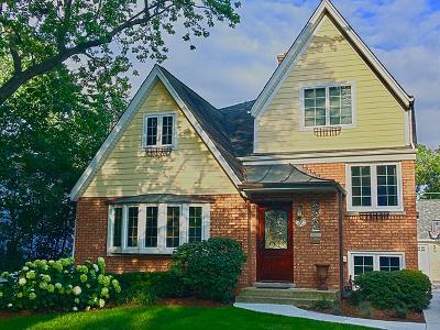 La Grange Single Family Home Contingent: 88 North Edgewood Avenue
