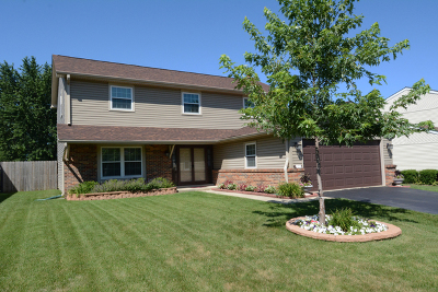 Carol Stream Single Family Home Contingent: 1278 Spring Valley Drive