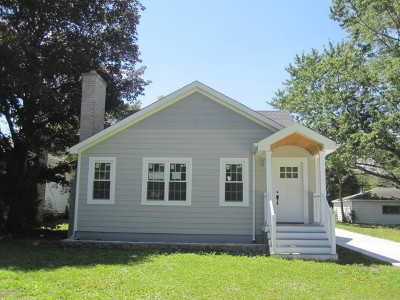 Downers Grove Single Family Home For Sale: 6106 Lee Avenue