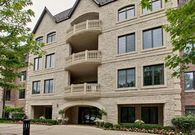 Lake Forest Condo/Townhouse For Sale: 1800 Amberley Court #108