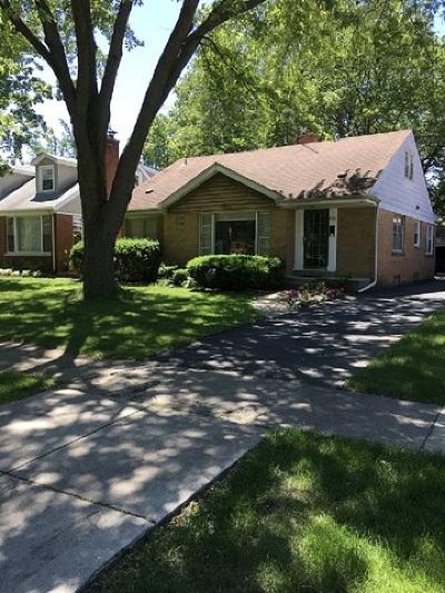 La Grange Single Family Home Price Change: 904 South Waiola Avenue