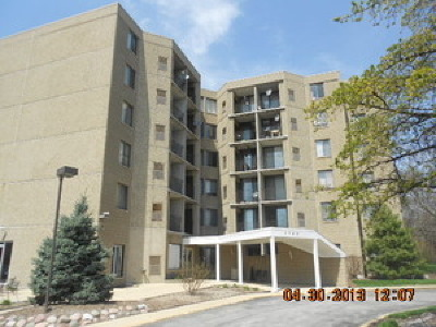Aurora IL Condo/Townhouse Re-Activated: $56,000