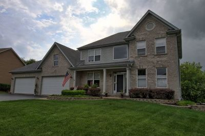 Crystal Lake Single Family Home For Sale: 1474 Alexandra Boulevard
