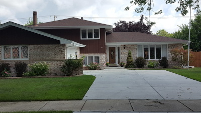 Orland Park Single Family Home Contingent: 8628 West 143rd Place