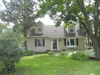 Island Lake Single Family Home For Sale: 3522 Eastway Drive