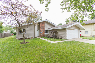 Hanover Park Single Family Home Contingent: 5811 Chatsworth Court